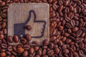 l'artisanes est presente sur les reseaux sociaux facebook instagram twitter